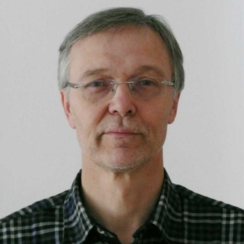 Dr. Wolfgang Grüttner : Jurist und selbständiger Rechtsanwalt